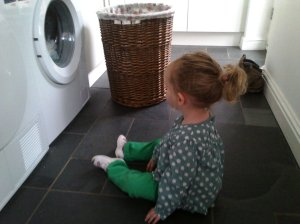 The washing machine is still good for 5 minutes' distraction